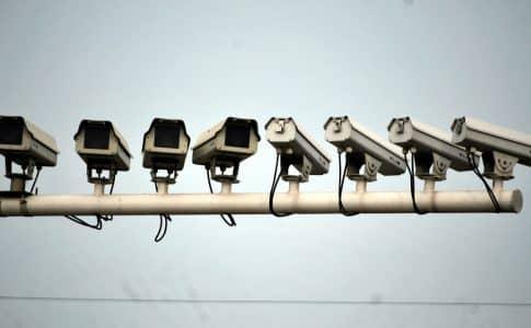 Comment bien choisir son système de surveillance?